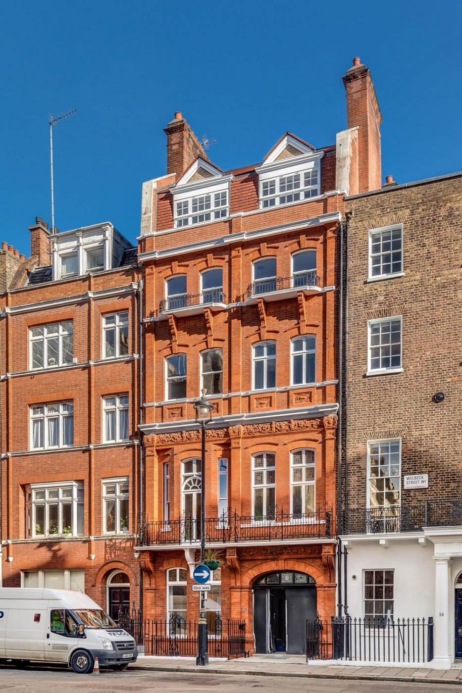 15 Welbeck Street by Morrow + Lorraine